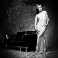 Портрет девушки в белом платье :: Андрей Куликов