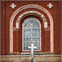 Окно храма. :: Владимир Белозеров