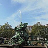 """""""Stuhlmannbrunnen"""" :: Nina Yudicheva"""