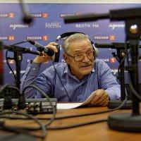 На записи радиопередачи... :: Константин Антошкин