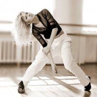 Танец -это жизнь... :: Максим Романенко
