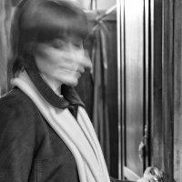 Я ухожу и дверь закрою, тебе желая лишь тепла... :: Ирина Данилова