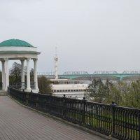 В  Ярославле...  на  набережной  Волги... :: Galina Leskova