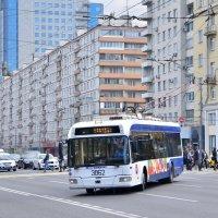 """Троллейбус """"Белкоммунмаш"""" БКМ 321 № 3862 :: Денис Змеев"""
