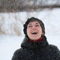 Снег... :: Ксения Старикова