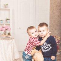 Мальчишки-братишки :: Мария Дергунова