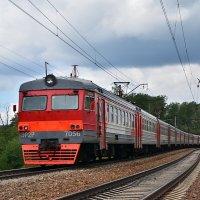 Электропоезд ЭР2Р-7056 :: Денис Змеев