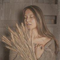 Девушка с колосьями :: Elena Fokina