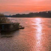 Домик у реки! :: Борис Кононов