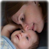 Мама и сынишка :: Мария Корнилова