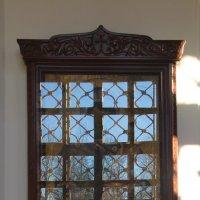 У освещенного церковного окна.... :: Tatiana Markova