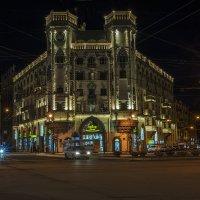 Вечером на Петроградской стороне. :: Владимир Питерский