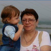 Хорошо с бабулей. :: Anatol Livtsov