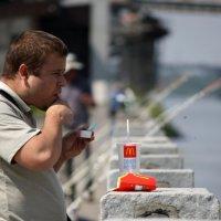 смакуй или по бороде текло, а в рот не попадало :: Александр Иванов