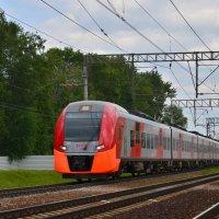 Электропоезд ЭС1-021 :: Денис Змеев