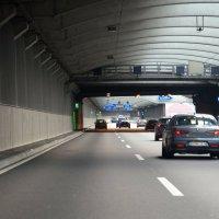 Туннель на немецком автобане :: Валерий Новиков