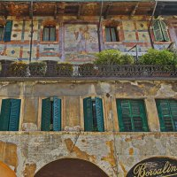 Пяти вековой фасад :: M Marikfoto