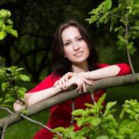 В садах :: Александр Сомов