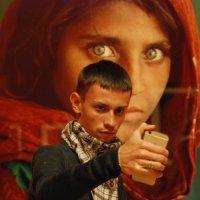 На выставке в Эрмитаже Стива МаКкарри. :: Харис Шахмаметьев