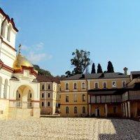 Новоафонский мужской монастырь :: Tata Wolf