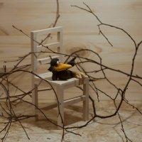 На стул ворона взгромоздясь ... :: Наталья Крюкова
