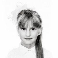 портрет девочки :: Павел Сазонов