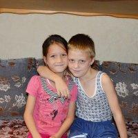 Брат и сестра :: Ксения Слободина