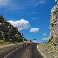 Эх, дороги ...   Чуйский тракт , перевал Чике -Таман . :: Марина Юдинских