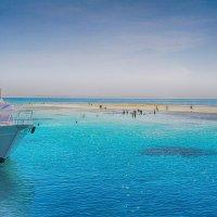 Загадочный остров с потрясающим белым песком :: Анастасия Долгополова