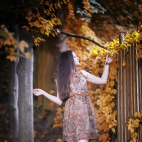 Девушка осень :: Vladik Tsetens