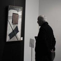 На выставке Рухина. :: Виктор Никитенко