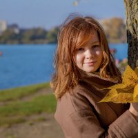 Я))) и Осень ( Краснодар, набережная реки Кубань, на др. стороны Солнечного острова, ноябрь 2015) :: Таня Харитонова