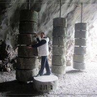суровые камни судьбы в горах Швейцарии :: maxim