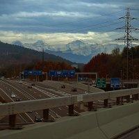 На дорогах Швейцарии. :: Алексей Пышненко