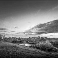 Вид на деревенский пруд :: Павел Корнеев