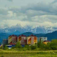 город у Саянских гор :: Денис Иванов