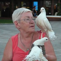 Портрет  с голубями :: Вера Щукина