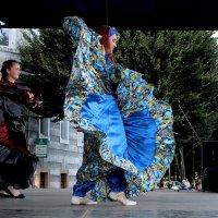 Динамика  танца... :: Дмитрий Иншин