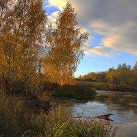 Осенний вечер на пруду :: Виктор Вуколов