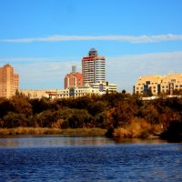 Осень в Донецке :: Анатолий