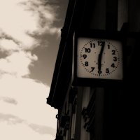 Время идет неизменно. :: Катя Медведева