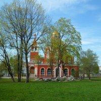 церковь :: Наталья Елизарова