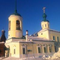 Церковь под Архангельском :: Ольга Санникова