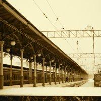 Вокзал :: Kate Sparrow