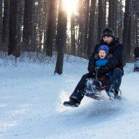 Катание на снегокате :: Юлия Уткина
