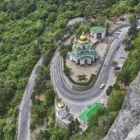 Храм Святого Архистратига Михаила в Верхней Ореанде 2 :: Николай Ковтун