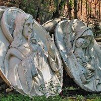 Донской монастырь. Фрагмент первого Храма Христа Спасителя # 5Название :: Михаил Малец