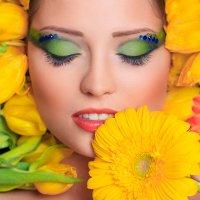 Девушка в цветах :: Mila Nice