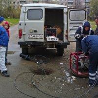 Да, мой папа тоже всё может починить! :: Валерий Молоток