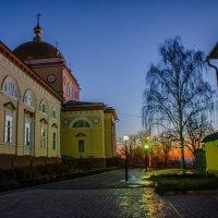 утрення дорога в храм... :: Алексей Бортновский
